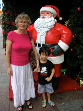 Zen Oma Santa