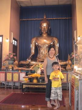 golden Buddha Naoko Zen