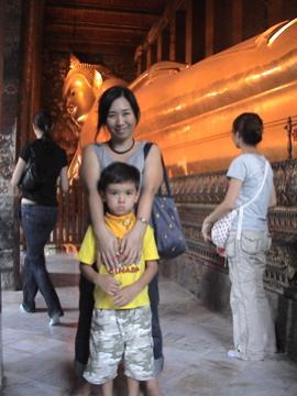 Wat Pho inside Zen