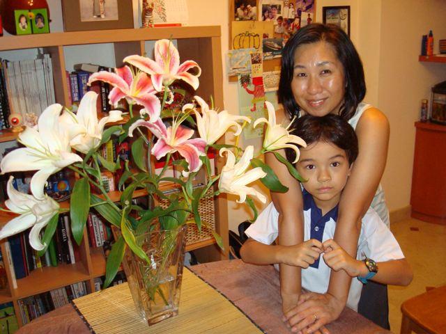 Lilies Naoko Zen
