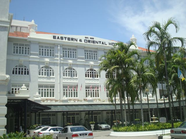 Eastern & Oriental Hotel (day view)
