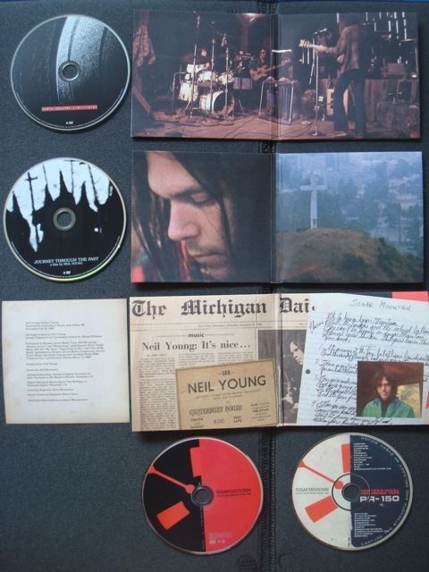 Neil Young Archives, Disc 8 and 9, extra CD/DVD, Inside artwork