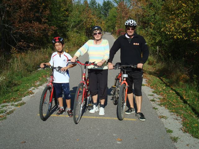 Zen, Oma and Peter - the bike patrol