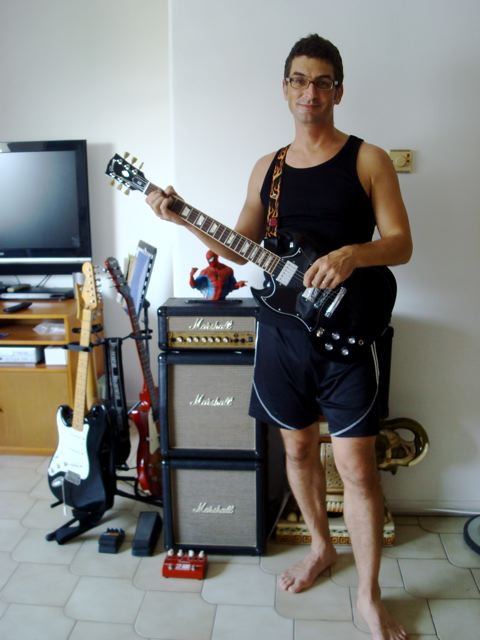 Me 'n' my Gibson SG 'n' my Marshall mini-stack