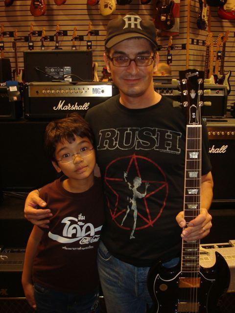 Peter, Zen, Gibson SG