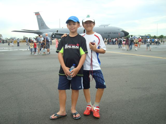 Zen and his friend at the Singapore Air Show!!