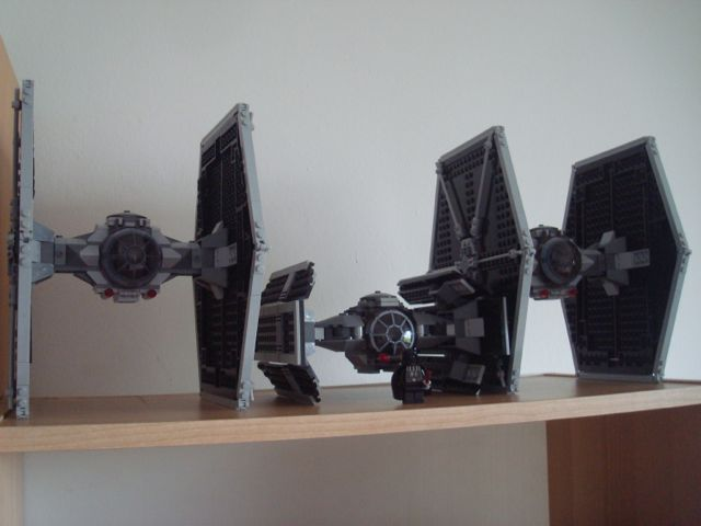 Darth Vader's TIE fighter in attack formation - cool!!