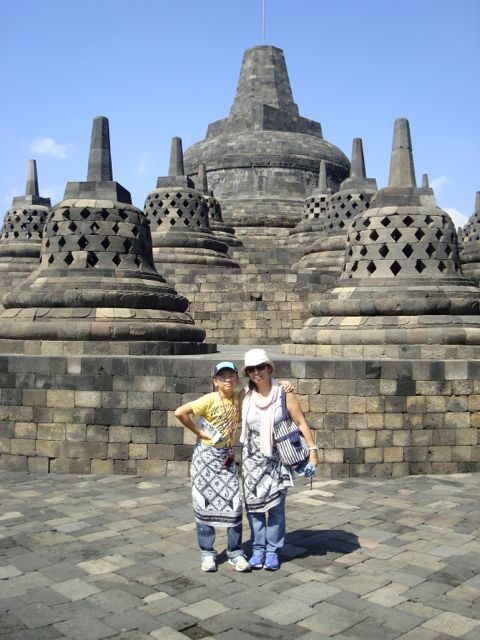Naoko and Zen at the top of the Borobudur temple