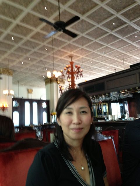 Naoko 'n' chandelier