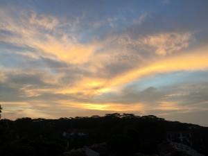 Singapore sky IMG_8589 balcony